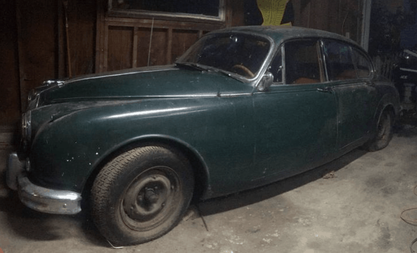 17. 1962 Jaguar Mark 2